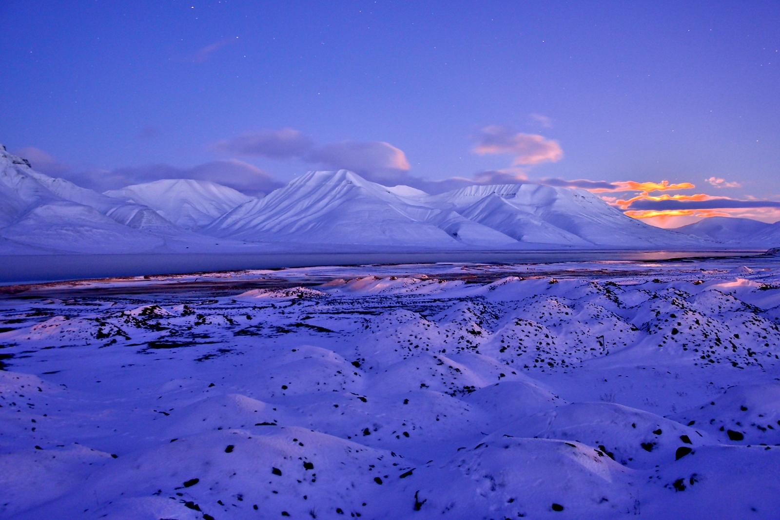 Adventfjorden by moonlight